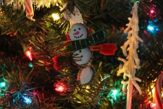 Tree Festival, Voting, Tamaqua Community Arts Center, Tamaqua, 12-4-2015 (60)