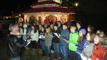 Tree Lighting, Spirit of Christmas Festival, Depot Square Park, Tamaqua, 12-6-2015 (10)
