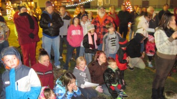 Tree Lighting, Spirit of Christmas Festival, Depot Square Park, Tamaqua, 12-6-2015 (24)