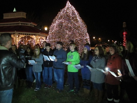 Tree Lighting, Spirit of Christmas Festival, Depot Square Park, Tamaqua, 12-6-2015 (28)