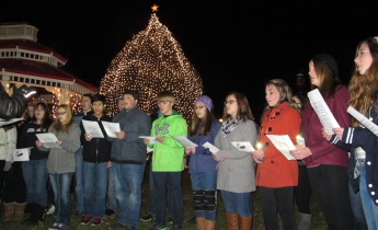 Tree Lighting, Spirit of Christmas Festival, Depot Square Park, Tamaqua, 12-6-2015 (30)
