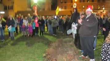 Tree Lighting, Spirit of Christmas Festival, Depot Square Park, Tamaqua, 12-6-2015 (5)