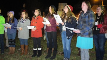 Tree Lighting, Spirit of Christmas Festival, Depot Square Park, Tamaqua, 12-6-2015 (9)