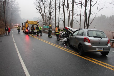Two Vehicle Accident, near Middleport, US209, Blythe Township, 12-22-2015 (16)