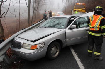 Two Vehicle Accident, near Middleport, US209, Blythe Township, 12-22-2015 (25)