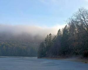 advection-fog-via-l-david-truskowsky-tuscarora-state-park-barnesville-jan-2017-1