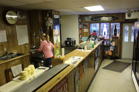 business-of-the-day-padoras-six-pack-north-railroad-st-tamaqua-1-19-2017-5