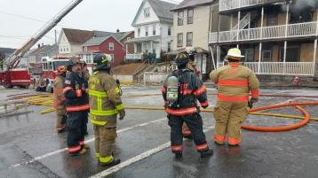 fire-200-block-of-north-second-street-lehighton-1-9-2017-13