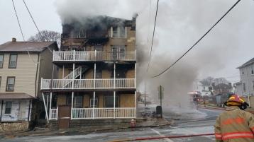 fire-200-block-of-north-second-street-lehighton-1-9-2017-15
