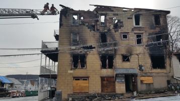 fire-200-block-of-north-second-street-lehighton-1-9-2017-84