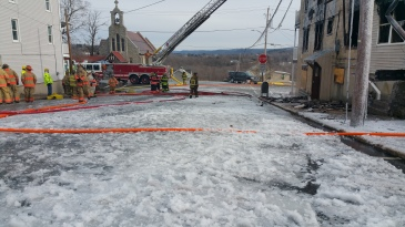 fire-and-ice-200-block-of-north-second-street-lehighton-1-9-2017-2