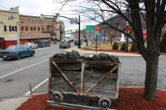 mine-buggy-train-station-parking-lot-n-railroad-st-tamaqua-1-19-2017-3