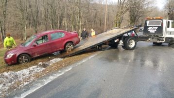 motor-vehicle-accident-dairy-road-west-penn-1-11-2017-4