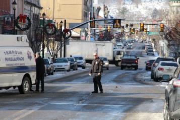pedestrian-struck-200-block-of-east-broad-street-tamaqua-1-15-2017-20