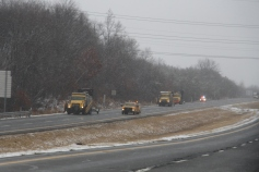 penndot-patching-pot-holes-interstate-81-near-frackville-1-25-2017-15