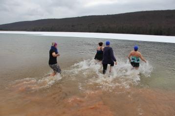 sjra-polar-plunge-mauch-chunk-lake-state-park-jim-thorpe-1-28-2017-131