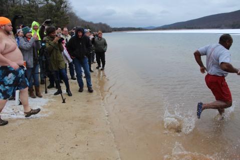 sjra-polar-plunge-mauch-chunk-lake-state-park-jim-thorpe-1-28-2017-163
