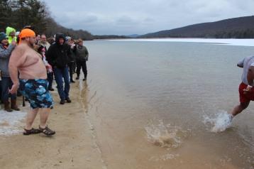 sjra-polar-plunge-mauch-chunk-lake-state-park-jim-thorpe-1-28-2017-164