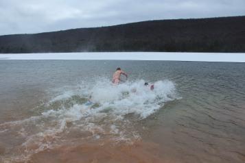 sjra-polar-plunge-mauch-chunk-lake-state-park-jim-thorpe-1-28-2017-242