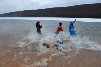 sjra-polar-plunge-mauch-chunk-lake-state-park-jim-thorpe-1-28-2017-286