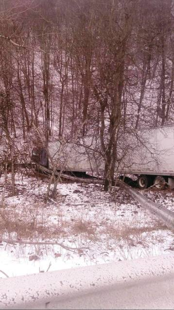 tractor-trailer-accident-i81-1-9-2017-submitted-4