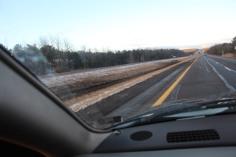 tractor-trailer-off-road-interstate-81-northbound-near-frackville-1-25-2017-14