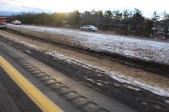 tractor-trailer-off-road-interstate-81-northbound-near-frackville-1-25-2017-8