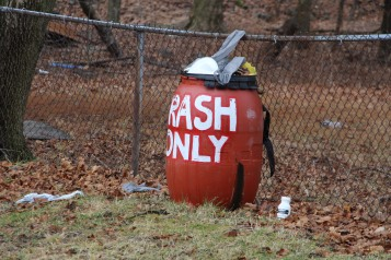 volunteers-needed-to-cleanup-dutch-hill-basketball-park-tamaqua-1-20-2017-9