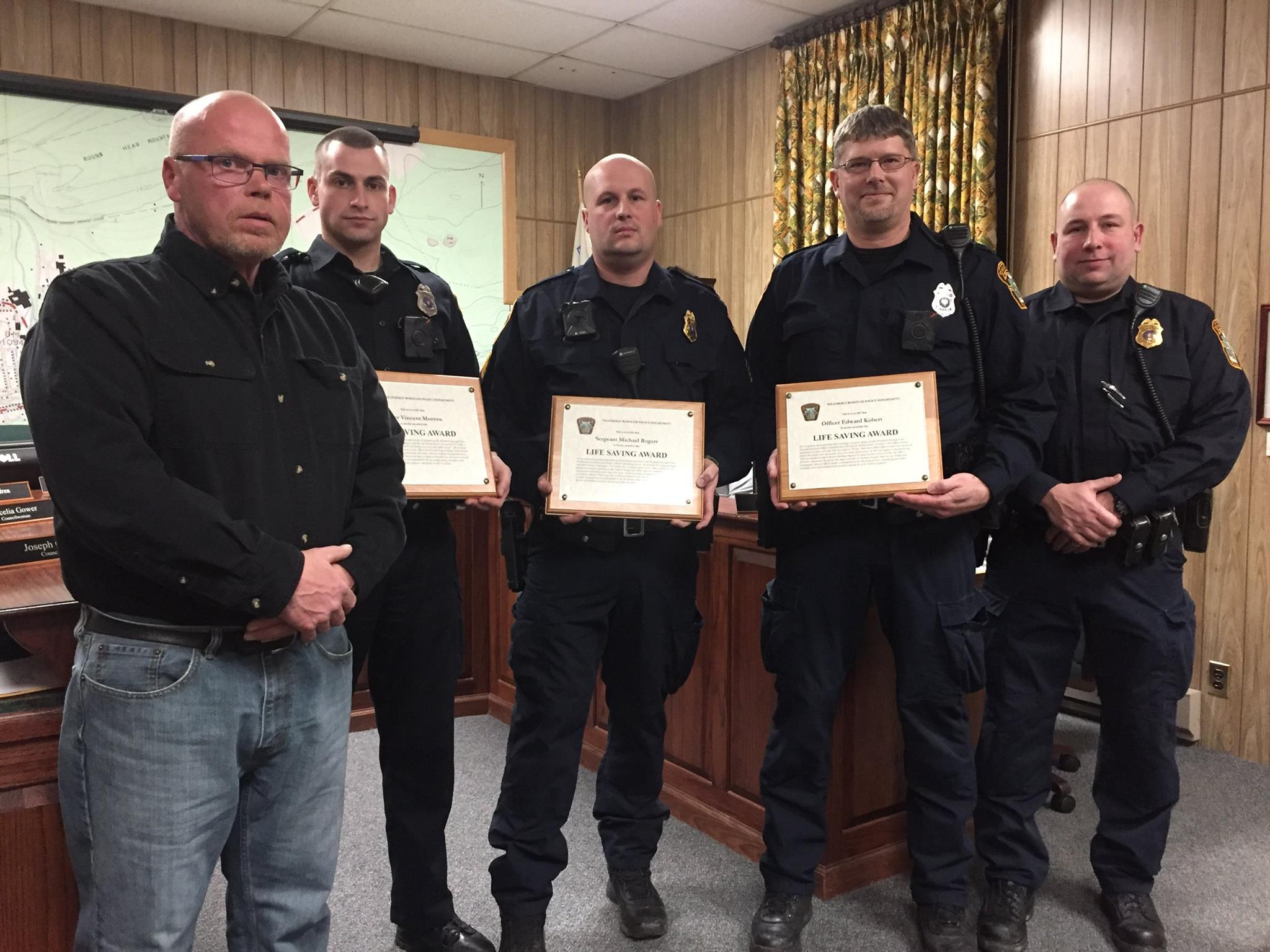 Weatherly Police Officers presented Life Saving Awards