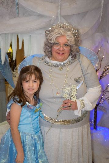 winter-princess-summit-hill-heritage-center-summit-hill-1-14-2017-217