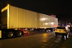 wrong-way-tractor-trailer-north-railroad-street-vine-street-tamaqua-1-23-2017-9