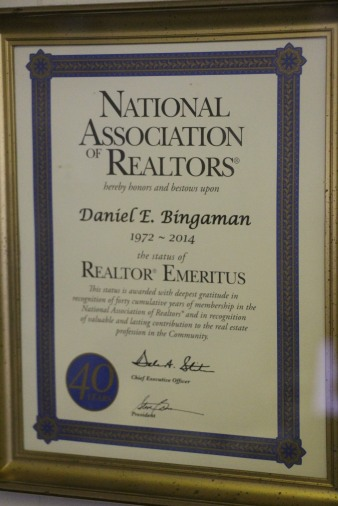 business-of-the-day-dan-bingaman-realty-insurance-w-broad-st-tamaqua-1-26-2017-15