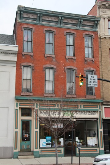 business-of-the-day-dan-bingaman-realty-insurance-w-broad-st-tamaqua-1-26-2017-25