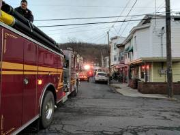 chimney-fire-via-john-desjardine-mahanoy-city-2-5-2017-4
