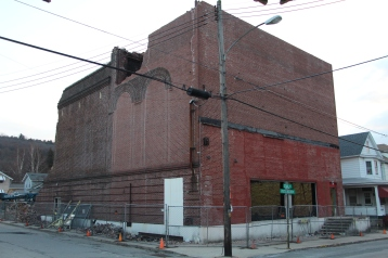 demolition-status-lansford-palace-restaurant-theater-lansford-2-5-2017-12