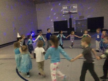 illumination-party-jack-and-jill-preschool-tamaqua-ymca-tamaqua-2-1-2017-11