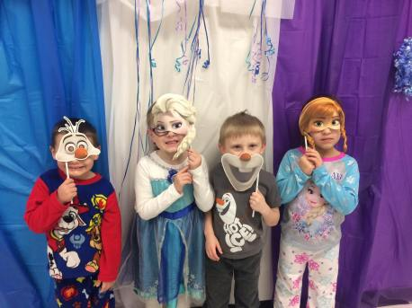 illumination-party-jack-and-jill-preschool-tamaqua-ymca-tamaqua-2-1-2017-5