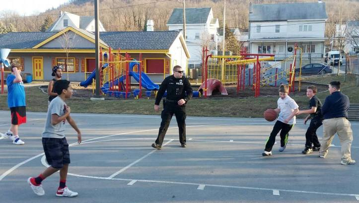police-officer-basketball-court-south-ward-playground-tamaqua-2-6-2017-1-copy