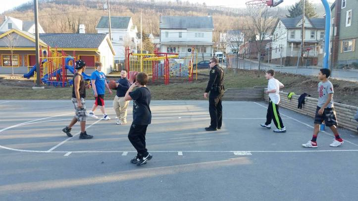 police-officer-basketball-court-south-ward-playground-tamaqua-2-6-2017-3