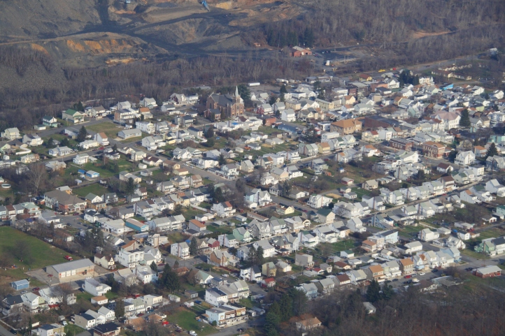 second-flight-over-tamaqua-with-fran-stahl-tamaqua-12-12-2011-172