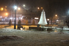 start-of-snowfall-depot-square-park-tamaqua-2-9-2017-5