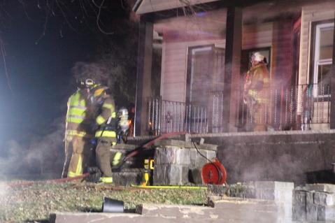 structure-fire-174-claremont-avenue-hometown-2-1-2017-39